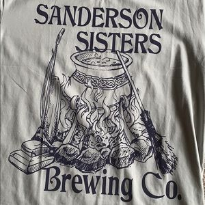 """SheShow Tops - ‼️ HR SALE👻""""Sanderson Sisters Brewing Co"""" T-Shirt"""